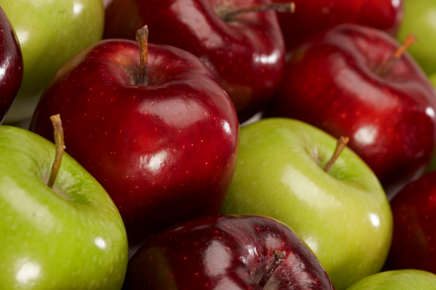 red-and-green-apples-istock-photo